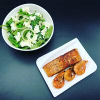 Spinatsalat mit Lachs & Crevetten